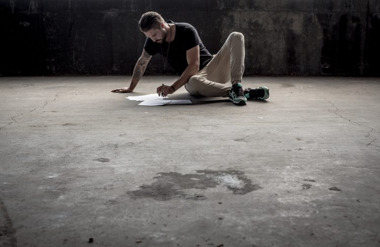 Man on the floor - writing user stories - cover article